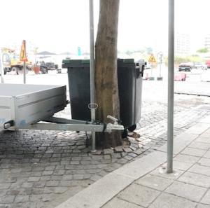 Segundo o morador de Matosinhos que nos forneceu estas imagens, no município é frequente encontrar casos de árvores que não são tratadas com os cuidados que mandam as regras de boas práticas.